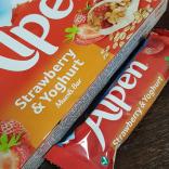 Strawberry and Yogurt Cereal Bars